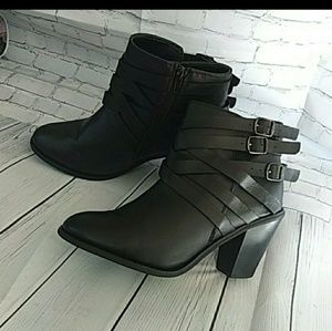 SHIEKH ANKLE BOOTIES